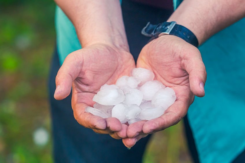 Austin Local Vs. Out-of-Town Roofing Contractors: After the Storm