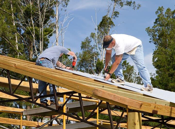 placing-metal-roofing